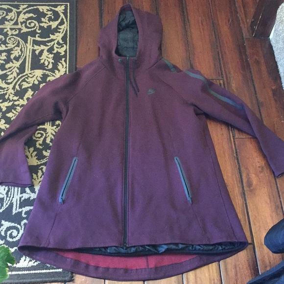 0eb9139b9b44 Nike down jacket primaloft Tech Fleece. M 5bf0733cdf030738c82937bc
